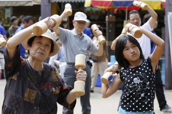 Японцы делают зарядку